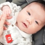 赤ちゃんの虫除けで安全なのは?お出かけと寝るときを解説